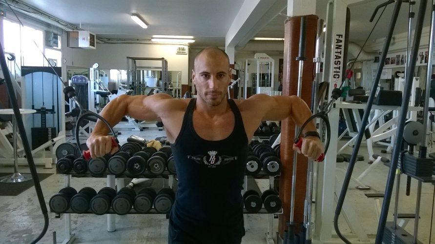 Nicolas Doddi en plein training à la salle